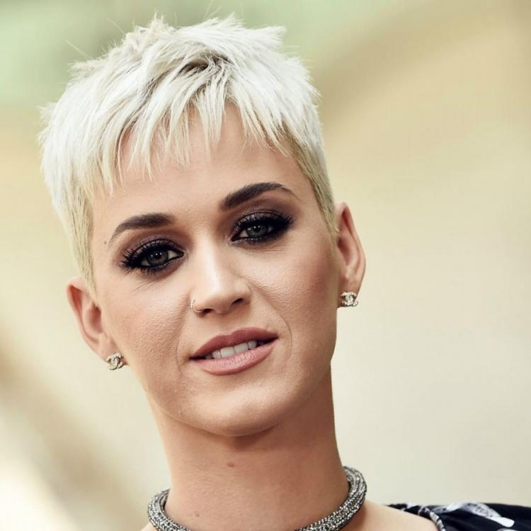 Hey Hey Hey Melejit, Katy Perry Raih Pendapatan Tertinggi di 2018