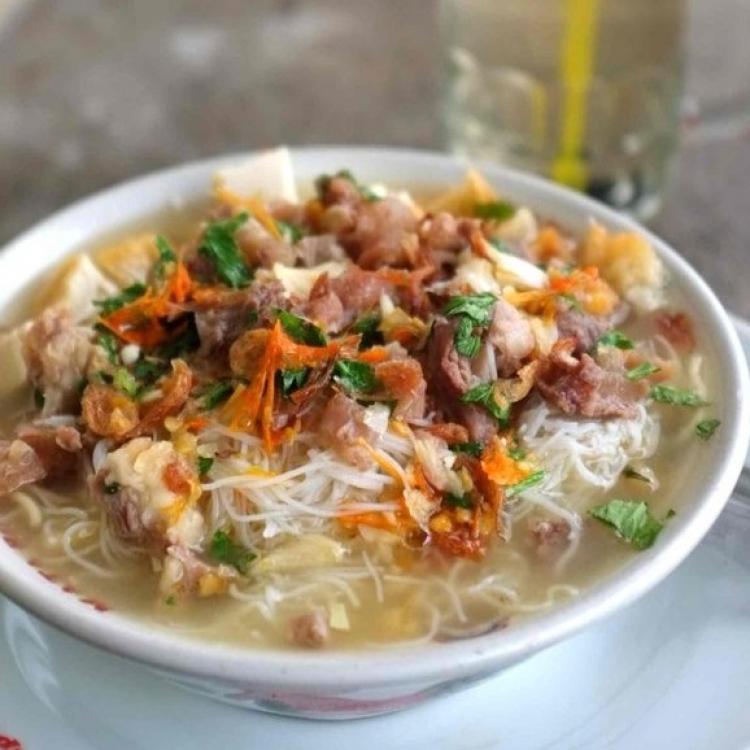 Bakmi Kopyok, Kuliner Unik dari Kota Sejuta Bunga