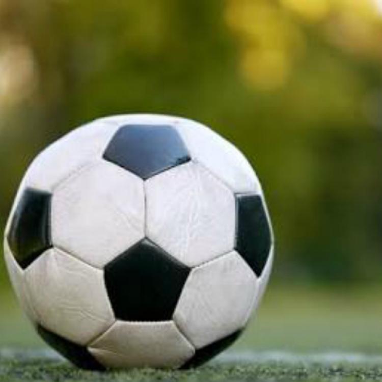 Solusi Atasi Cedera Olahraga pada Atlet Sepak Bola
