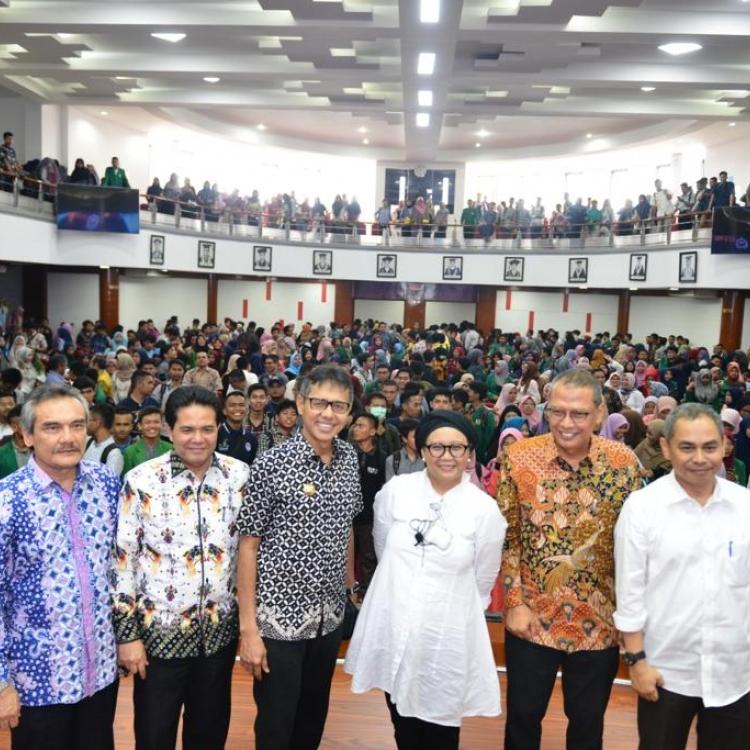 Diplofest Menyapa Ranah Minang
