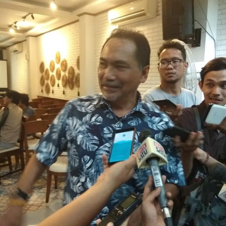 Terawang Masa Depan Politik, dari Jokowi ke Harari