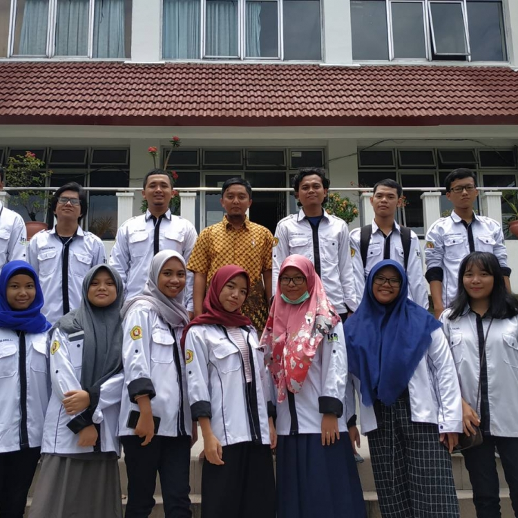 Tingkatkan Kualitas Budaya Literasi, ISR UPN Veteran Yogyakarta Gelar Pelatihan Menulis