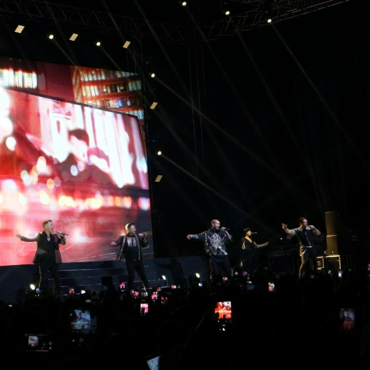 Konser di Jakarta, Boyzone Sukses Bikin Penonton Histeris