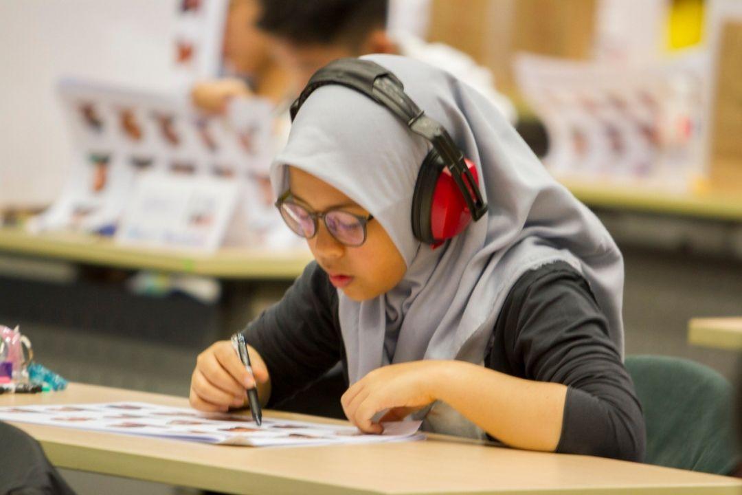 Siswi Sulawesi Tengah Raih Medali di Singapura