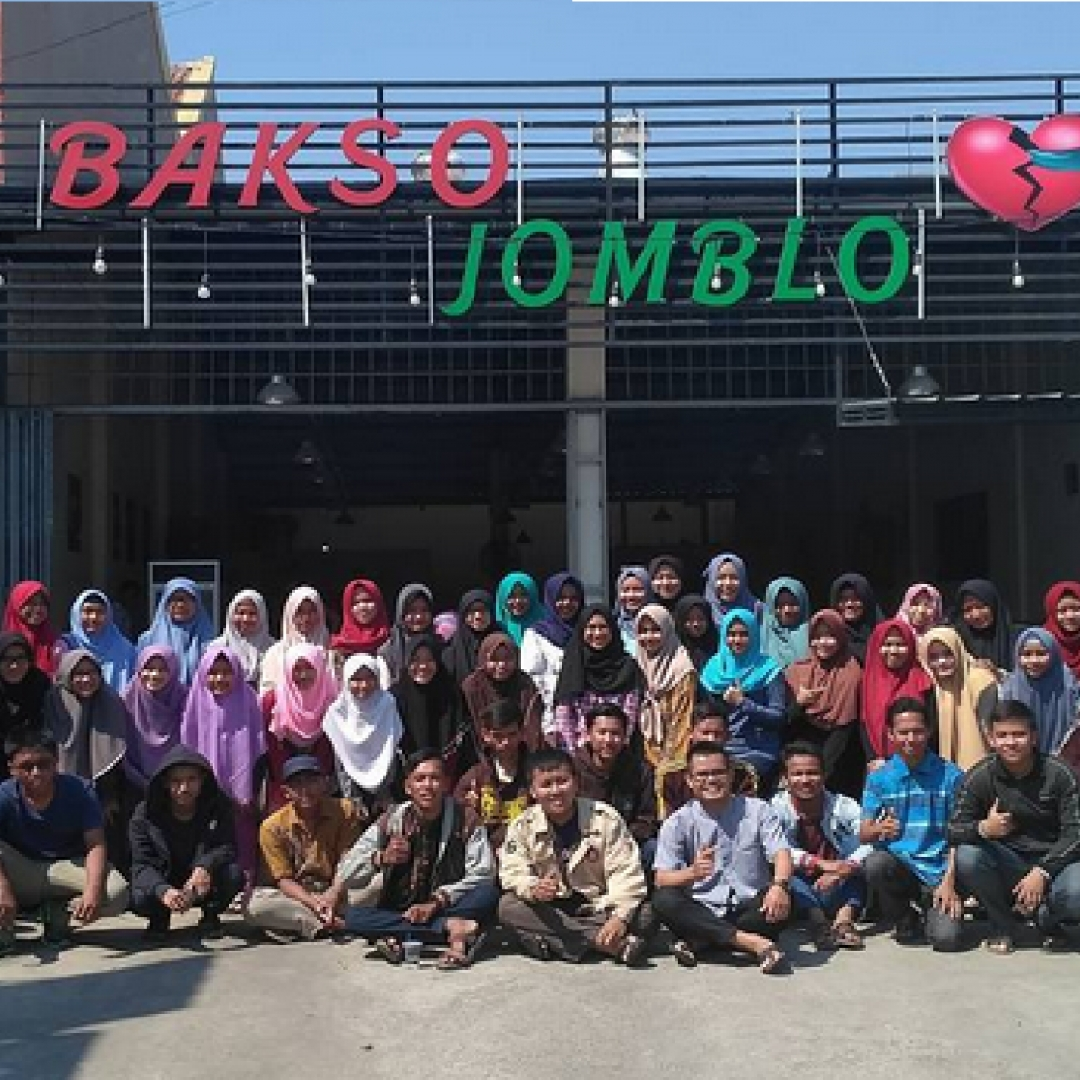 Cirebon In Charity Mewujudkan Mimpi Anak-anak Kurang Mampu