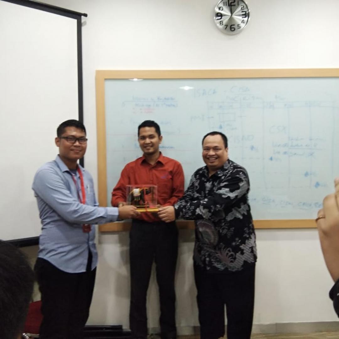 Media AKUTAHU Terima Kunjungan Mahasiswa UMITRA Lampung.