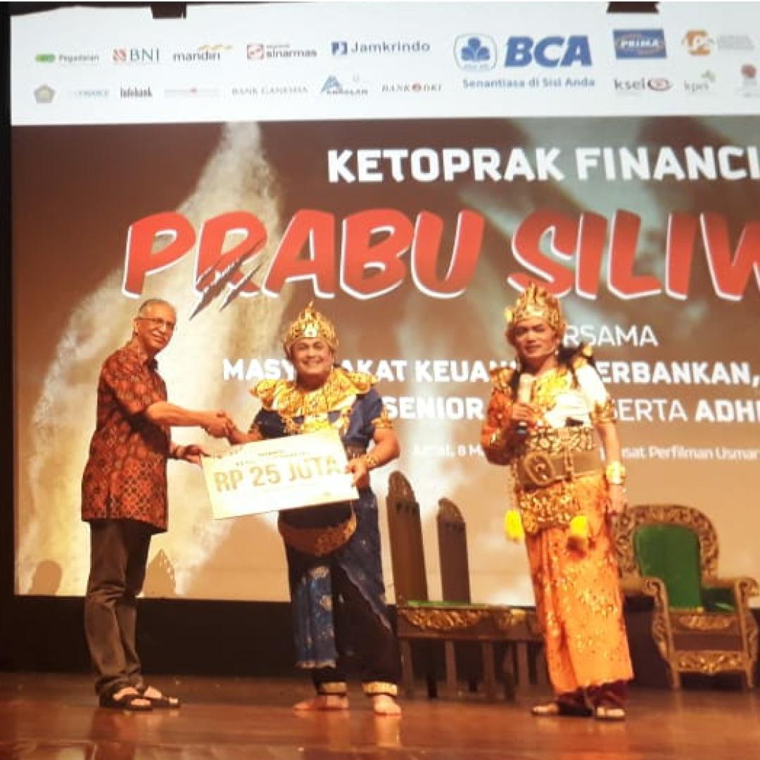 Saat Gubernur Bank Indonesia Perry Warjiyo Ikut Lakoni Ketoprak