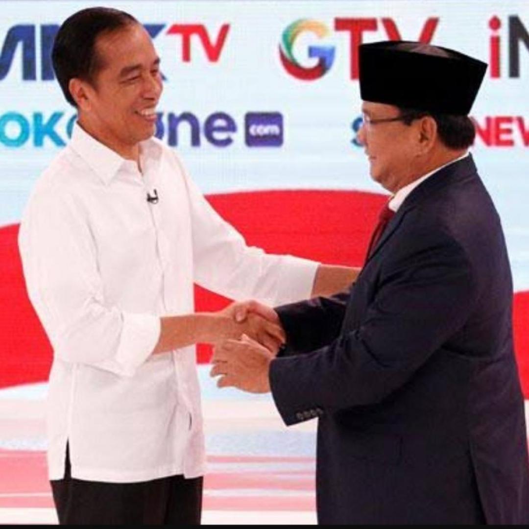 Beda Pendapat Jokowi dan Prabowo di Debat Terbuka