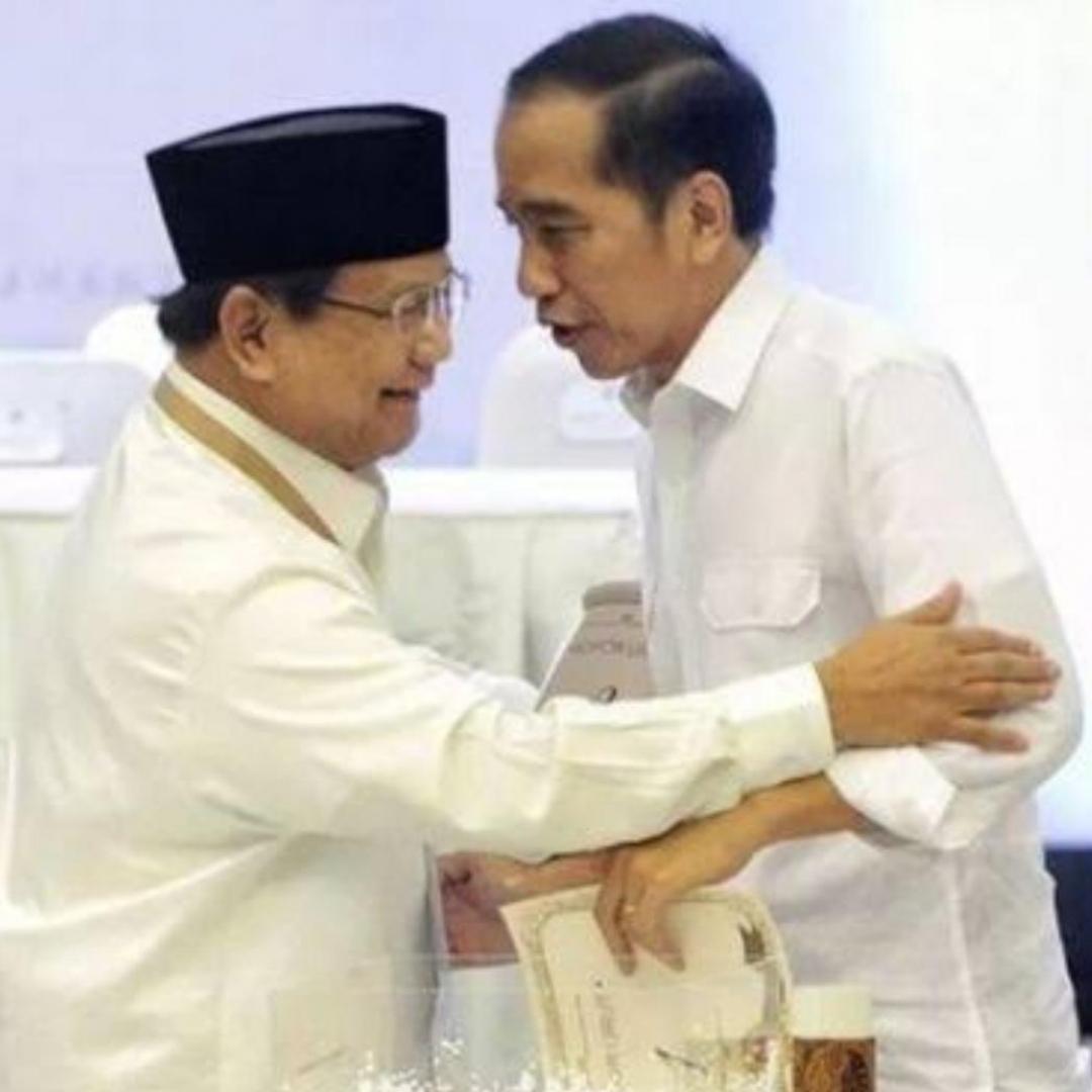 Hangatnya Jokowi dan Prabowo Setelah Debat Capres ke-4