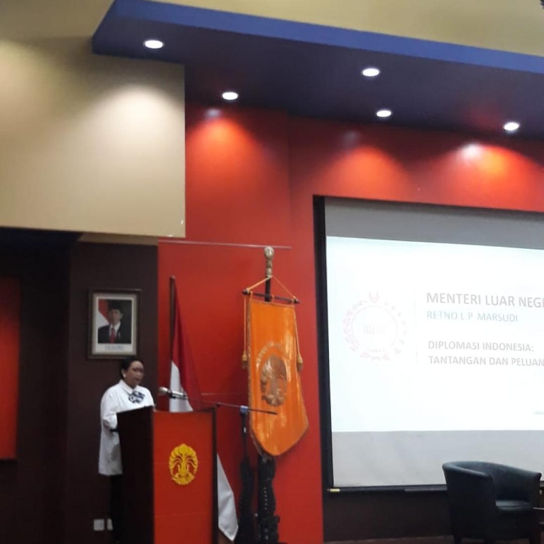 Ini Tantangan dan Peluang Diplomasi Indonesia