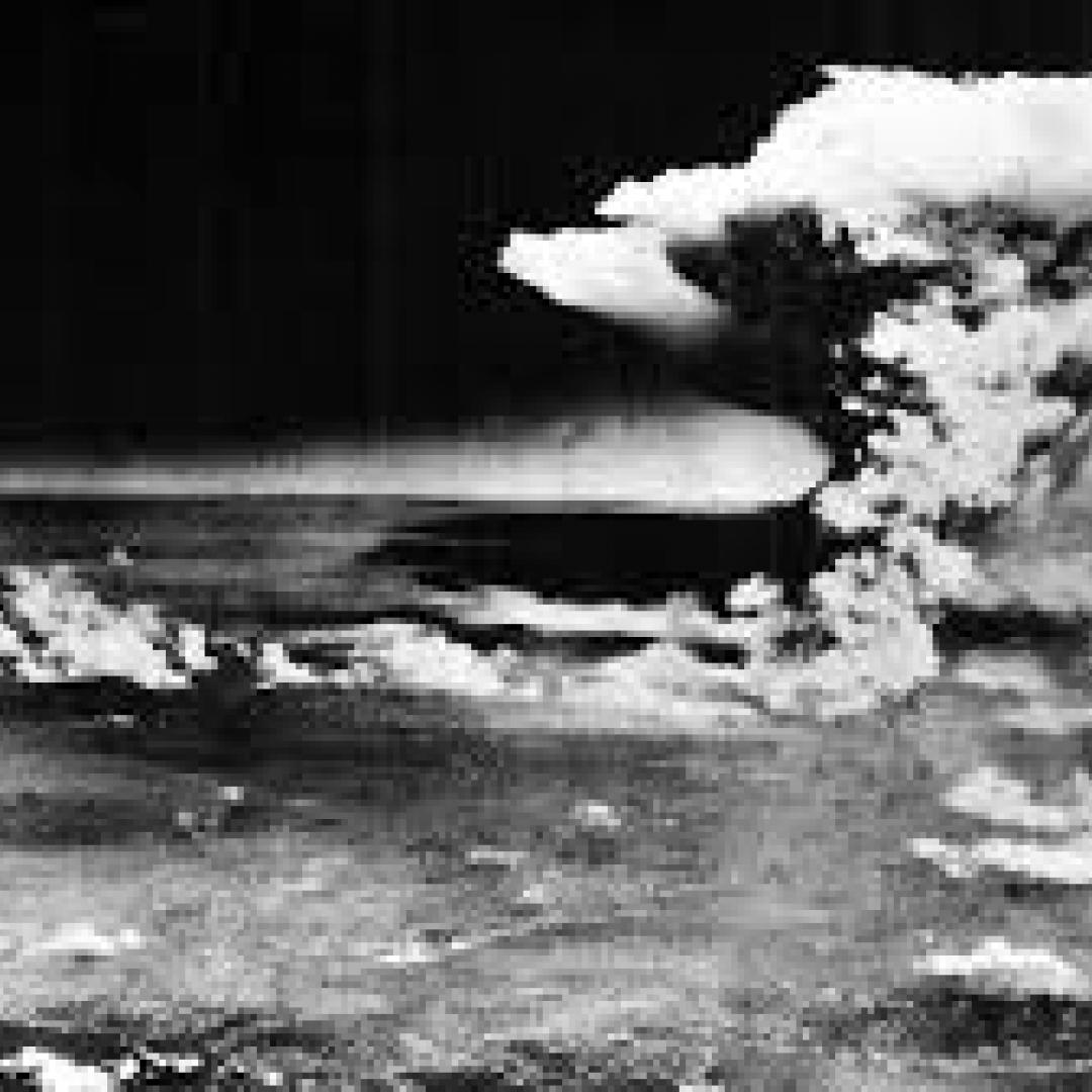 Memperingati Pengeboman Hiroshima dan Nagasaki