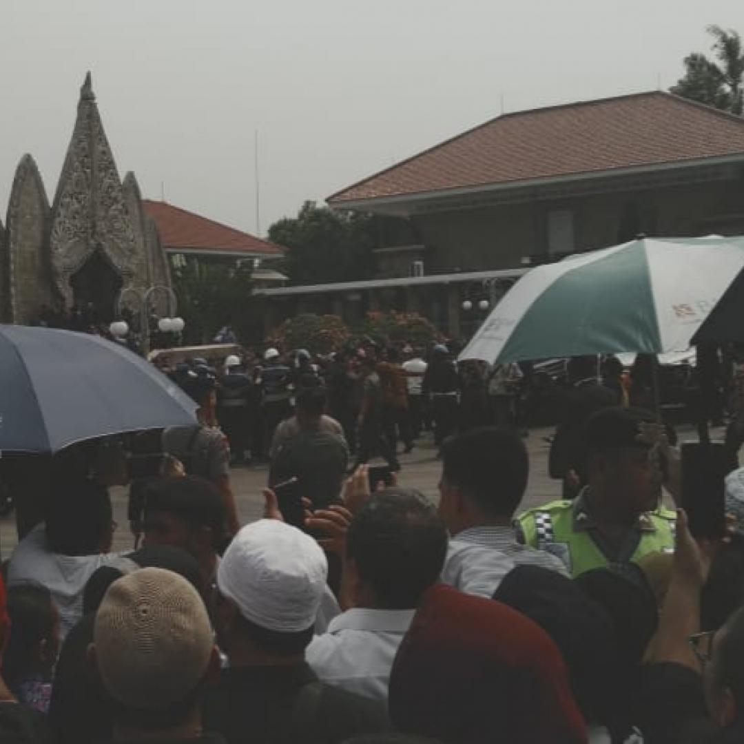Prosesi Pemakaman Habibie Dipadati Ribuan Orang