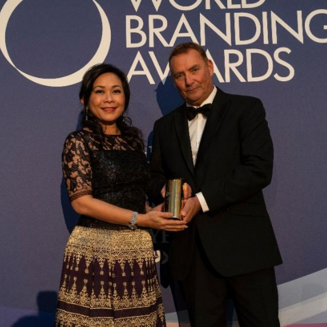 Bluebird Raih Brand of the Year 2010 di London