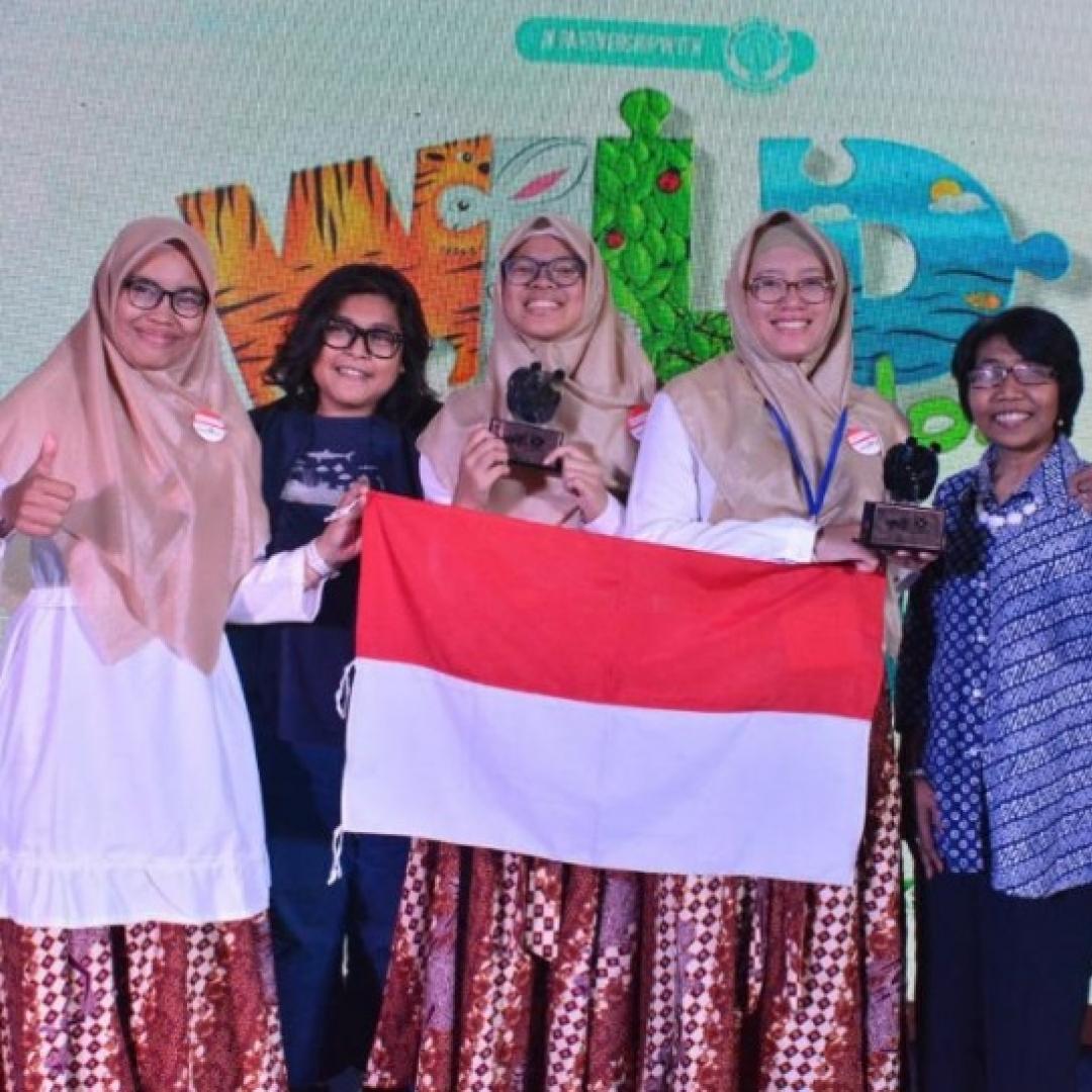 Siswa Indonesia Masuk 5 Teratas di Cerdas Cermat Lingkungan Internasional