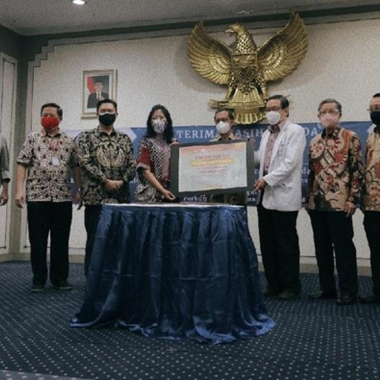 17 Generator Oksigen Didonasikan oleh PT Sasa Inti Dalam Penanggulangan Covid-19 Di Indonesia